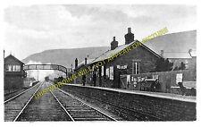 Pontlottyn Railway Station Photo. Tir Phil & New Tredegar - Rhymney