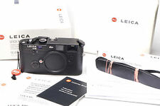 Leica M6 0.85 10413 + MP Finder Black Logo