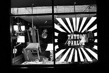 Wall Decor Vinyl Sticker Mural Poster Tattoo Parlor Gun Machine Ink Salon SA1173