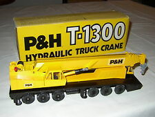 P&H T-1300 HYDRAULIC TRUCK CRANE NEAR MINT CON BOX - GESCHA CONRAD - 1:50