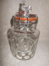 Country Chic Embossed Rooster and Chicken wire Pattern Glass Canister 52oz - New