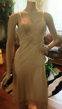 VANITY FAIR Night Gown Lace Nylon 34 Small Full Slip