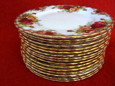 ROYAL ALBERT OLD COUNTRY ROSES 1962 BREAD CAKE PLATE