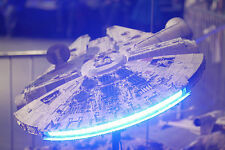 Star Wars Millennium Falcon NEW Deluxe Version Studio Scale 72cm + LED Lights