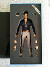 Hot Toys 1/6th Scale M Icon 012 Bruce Lee In Casual Wear
