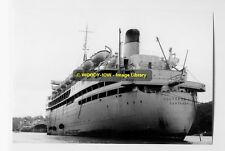 rp4136 - Shaw Savill Liner - Southern Cross laid up - photo 6x4