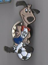 Pin's mascotte coupe du monde football 1994 / USA