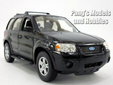Ford Escape 1/24 Scale Diecast Metal Model by Welly - BLACK