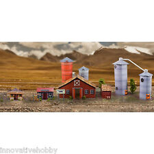 "1:87 Scale ""Farm & Garden House & Grain Dryers"" Photo Real Scale Building Kit"