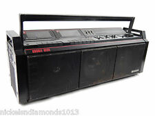 HITACHI TRK-3D8H Vintage 3 Speaker Ghetto Blaster Boombox 3D Sound Woofer LOUD!