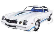 1979 CHEVROLET CAMARO Z/28 WHITE WITH BLUE STRIPES 1/18 BY GREENLIGHT 12903