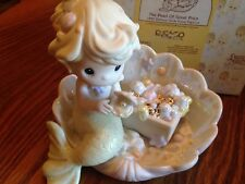 "PRECIOUS MOMENTS ""THE PEARL OF GREAT PRICE"" 526061 MERMAID SITTING IN CLAM SHELL"