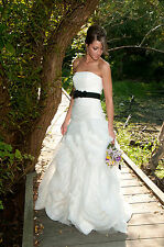 Vera Wang White Collection Fit and Flare Organza Tulle Ivory Wedding Dress Sz 4