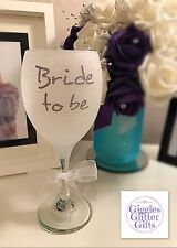 White Bride To Be Glitter Wine Glass Present Gift Wedding Future Mrs Hen Party