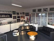Car Collection ca. 4.000x 1:87, ca. 200x 1:18  +Bibliothek +Cases/Vitrinen  +OVP