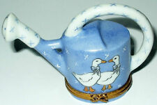 LIMOGES BOX ~ BLUE GARDEN WATERING CAN & DUCKS ~ GEESE ~ GOOSE ~ PEINT MAIN
