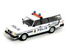 VOLVO 240 Sweden Police  -- 1/43 -- De Agostini - IXO -- NEW
