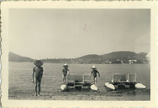 PHOTO ANCIENNE - VINTAGE SNAPSHOT - MER PÉDALO AGAY - SEA PEDAL BOAT 1951  - 3