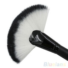 Modish Makeup Large Fan Goat Hair Blush Face Powder Foundation Cosmetic Brush