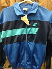 NIKE  VINTAGE POLY ESTER top at £2O  X/S 34 INCH  1987  OREGON USA