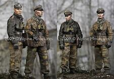 Alpine m 35077 lah officiers ardennes peiper 2 figure set WW2 1/35th model kit
