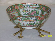 Chinese Qing Dy c19th Century Monumental Antique Rose Medallion Center Bowl