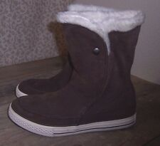 CONVERSE Women's Brown Chuck Taylor All Star Beverly Boots Suede-Fur Size 7M