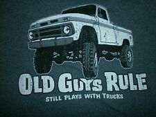 "OLD GUYS RULE 4 X 4 "" STILL PLAYS WITH TRUCKS "" OFF ROAD S/S SIZE 2X"