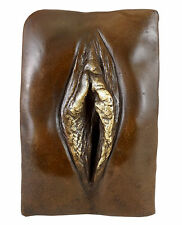 Erotisches Bronze- Relief - Vagina / Vulva - sign. - M.Nick