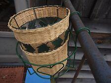 2 Pc Hanging Basket Wicker w/Green Wire Maple Leafs & Green Wire w/Heart Design