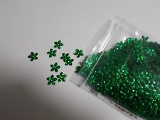 1000pcs 10mm FLOWER Sequins - Metallic Hologram Emerald Green CRAFT Scatters