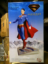 DC Direct SUPERMAN RETURNS in volo STATUA, MIB