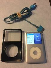 Apple iPod Classic 6th Generation Silver (80 GB)  works Great Bundle    #F15-2