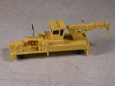 N Scale MofW Yellow Equipment Crane