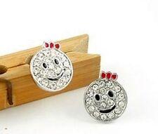 Bonito lazo rojo plata cristal emoticono sonriente pendientes de presión