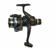 A RYOBI GTR 40 Graphite ball bearing spinning fishing reel in fine condition