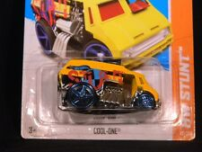 HW HOT WHEELS 2013 HW STUNT #77/250 COOL ONE ICE CREAM TRUCK HOTWHEELS YELLOW