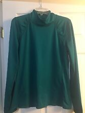 ATHLETA Green Stretch Ruched Yoga Workout Top Thumb Holes Women's L Comfortable