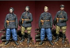 Alpine min. 35041 RUSSIAN TANK CREW 2 Figure Set ww2 1/35th KIT non verniciata
