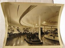 1939 NY WORLD FAIR 8 X 10 PRESS PHOTO OF FORD MOTOR'S EXHIBIT OF AUTO TESTING