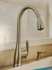 MOEN Haysfield Pull-Down Sprayer Kitchen Faucet in Spot Resist Stainless Steel