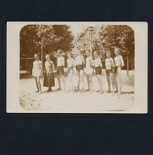WIRY YOUNG ATHLETES SWIMMER w COACH JUNGE SCHWIMMER m TRAINERIN Vintage 20s RPPC