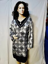 STEP IN STYLE Polyester Tunic Dress Black / White Beaded Neck .
