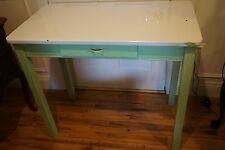 VINTAGE ENAMEL TOP KITCHEN TABLE OR DINING TABLE SHABBY WITH GREEN LEGS