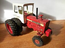 ERTL 1/16 INTERNATIONAL FARMALL 1456 W CUSTOM? FRONT WHEEL ASSIST FARM TOY NEAT!