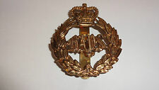 British Army Military Cap Badge - The Queen's Bays 2nd Dragoon Guards Type 1