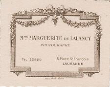 § CARTE DE VISITE DE MARGUERITE DE LALANCY, PHOTOGRAPHE à LAUSANNE §