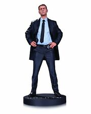 Gotham TV Commissioner James Gordon Statue by Dc Collectibles