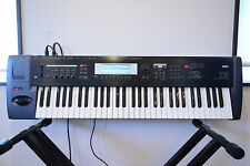Korg TR-61 TR61 61Key Workstation/Controller Synthesizer w/ power supply