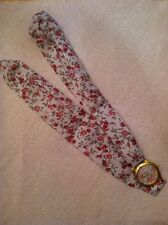 Floral Patterned Tie Wrist Watch - Light